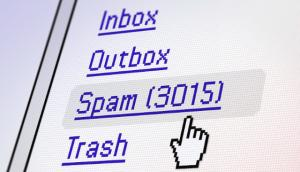 Screen shot of mail program showing 3015 messages in the spam folder